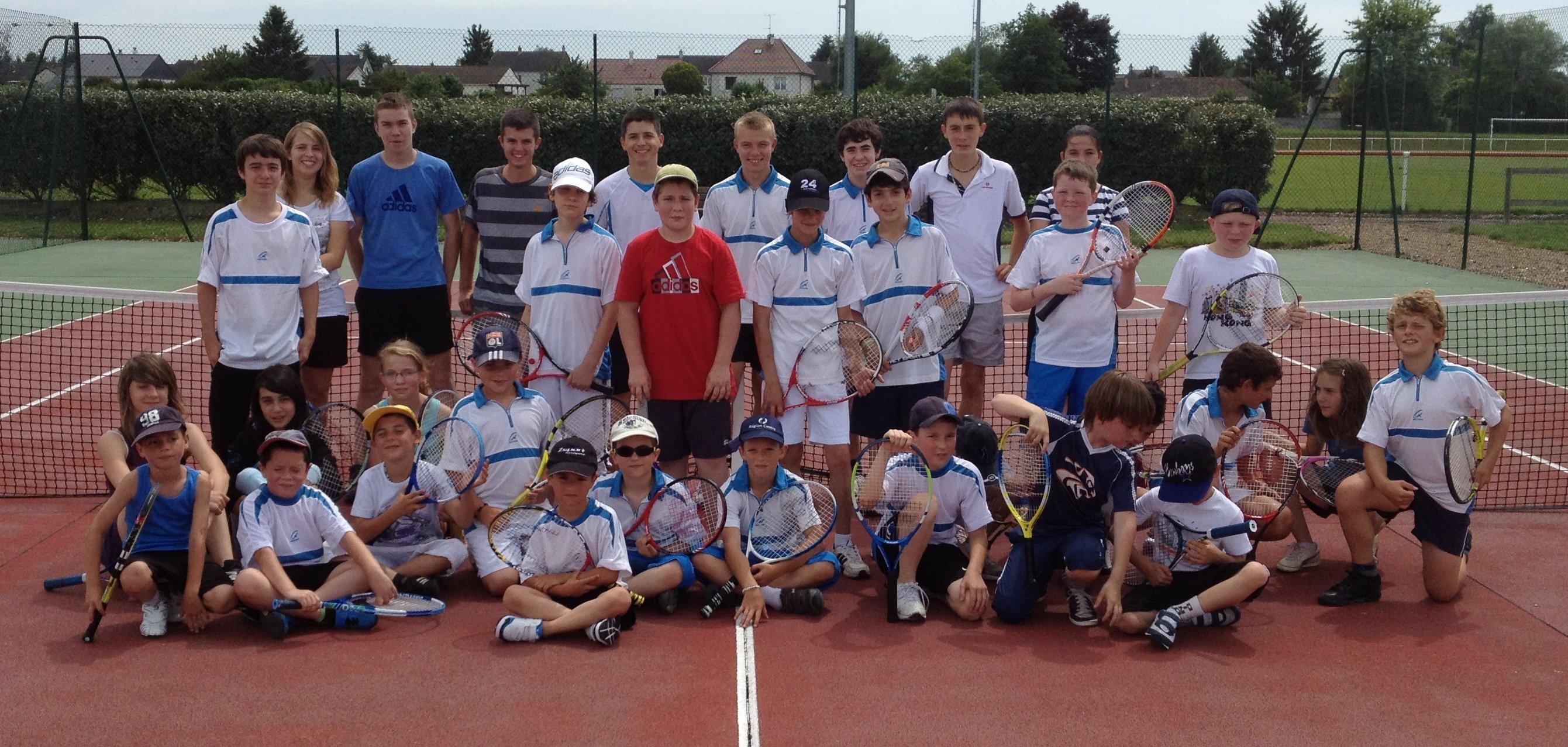 Tournoi interieur tennis club attegien for Club de tennis interieur saguenay